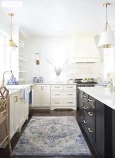 Blue and White Kitchen Rugs. Blue and White Kitchen Rugs. White Kitchen Decor, Kitchen Rug, Country Kitchen, Kitchen Design, Kitchen Ideas, Island Kitchen, Kitchen Trends, Kitchen Inspiration, Refacing Kitchen Cabinets