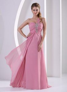 Lovely pink with elegant style, make you a princess in the crowd.