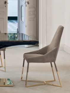Longhi dining chair