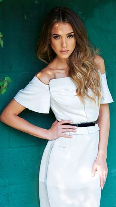 Jessica Alba ♥ I want this hair color