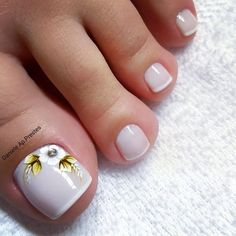35 Unhas dos Pés maravilhosas para você ver ainda hoje Peach Nails, Blue Nails, Mani Pedi, Manicure, Hair And Nails, My Nails, French Pedicure, Toe Nail Designs, Pretty Toes