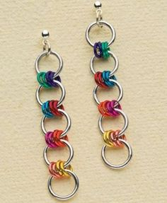 I like this idea to make an Autism Awareness bracelet! Colorful Simple Chain Maille: Make Handmade Roller-Girl Earrings in Minutes - Jewelry Making Daily - Jewelry Making Daily Simple Earrings, Beaded Earrings, Earrings Handmade, Handmade Jewelry, Earrings Photo, Crystal Necklace, Wire Jewelry, Jewelry Crafts, Beaded Jewelry