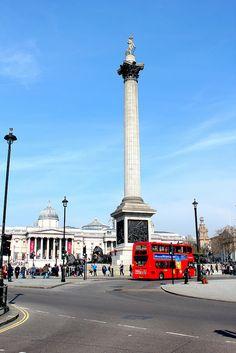 Trafalgar Square . London