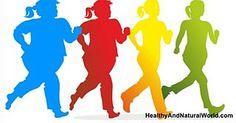 Camminare è uno degli esercizi più semplici ed efficaci. Inoltre camminare può aiutare a migliorare la nostra salute, a tonificare i muscoli e a perdere peso. Ma solo poche persone sanno che camminand