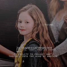 Twilight Movie Scenes, Twilight New Moon, Twilight Pictures, Twilight Series, Twilight Breaking Dawn, Breaking Dawn Part 2, Frozen Comics, Twilight Renesmee, Stephanie Meyers