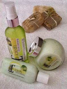 Línea ELIDETH crema humectante de manzana verde totalmente natural, velo de olor con el body de manzana verde y para tu bolsillo la presentación de 250 ml. #jabonesArtesanales #bellezaNatural