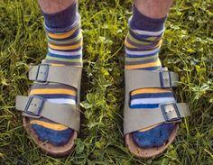 (Birkenstock)Sandalen + Socken = deutscher Tourist  : )