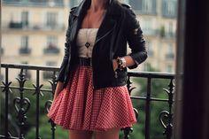 Rockabilly -- must make gingham circle skirt! Psychobilly, Fashion Beauty, Girl Fashion, Womens Fashion, Fashion Killa, Fashion Ideas, Rock Fashion, Asian Fashion, Fashion Styles