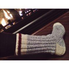 Bas de laine Knitting Socks, Punk Rock, Couture, Fingerless Gloves, Arm Warmers, Charity, Knitting Patterns, Knit Crochet, Wool