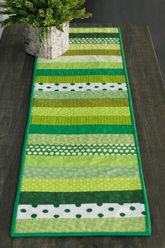 St. Patty's Table Runner - Fabric Editions Blog