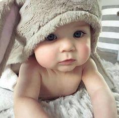 Cute Little Baby, Little Babies, Little Ones, Baby Kids, Baby Boy, Precious Children, Beautiful Children, Beautiful Babies, Children Play