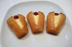 Ricetta Babà napoletano con crema Italian Cake, French Desserts, Sweet Treats, Pudding, Cooking, Breakfast, Food, Buffet, Gastronomia