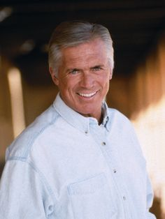 Chad Everett appeared in more than 40 films and television series but probably was best known for his role as Dr. Joe Gannon in the television drama Medical Center which aired on CBS from 1969 to For many years, Everett co-hosted the Labor Day Jerry People Of Interest, Aging Gracefully, Medical Center, Classic Tv, Celebs, Celebrities, Famous Faces, Gorgeous Men, Older Men
