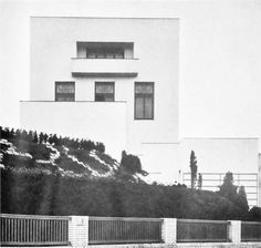 """""""I do not draw plans, facades or sections"""": Adolf Loos and the Villa Müller – SOCKS Bauhaus, Vintage Architecture, Facade Architecture, Classic Architecture, Innsbruck, Villas, Art Deco, Architectural Section, Famous Architects"""