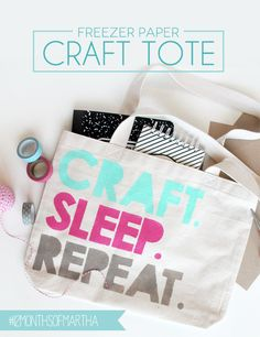 Diy back to school : DIY Freezer Paper Craft Tote, Mel and I Diy Craft Projects, Crafts To Make, Fun Crafts, Freezer Paper Crafts, Diy Back To School, Diy Bags Purses, Sr1, Martha Stewart Crafts, Crafty Craft
