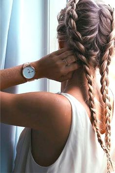 i want hair like this like whyyy dontttt iiiiiii haveeeee ittttttt :(