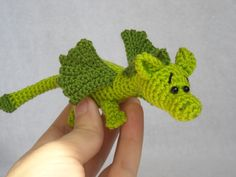 Dragon amigurumi crochet dragon stuffed animal toy di innakozachuk