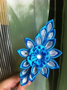 Haarreif Kanzashi von Blumenschönheit auf DaWanda.com