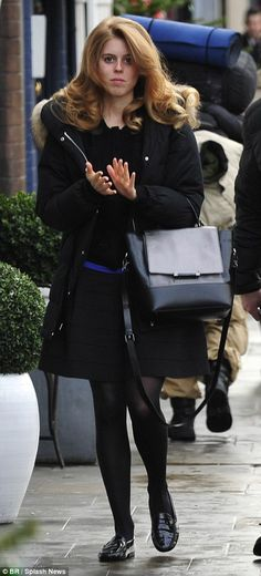 dailymail:  Princess Beatrice left a South Kensington hair salon several hours before she attended her grandmother's pre-Christmas lunch at Buckingham Palace, December 17, 2014