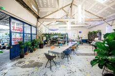 Loft éphémère à Paris dans un ancien entrepôt.