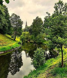 Walking is a pretty dependable to get an in-depth look at a city. Make time for a walk along Oslo's green lung #Akerselva river & explore cafes galleries and shops along the way #oslo #visitoslo : @kaosolsen