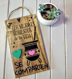 Vintage Frases, Diy And Crafts, Arts And Crafts, Decoupage Vintage, Craft Videos, Wood Art, Personalized Gifts, Easy Diy, Balloons