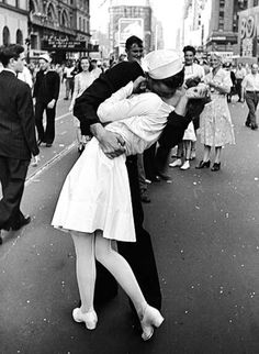 This is such an iconic image!!! It makes me feel all warm and fuzzy inside! #TrueLove #Romantic #Kisses