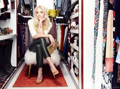 Exclusive: Jaime King Gets a Dream Closet Makeover: The Hart of Dixie star hires LA Closet Design to transform her wardrobe. Jamie King, Celebrity Closets, Celebrity Houses, Khloe Kardashian Closet, Closet Transformation, Best Closet Organization, Jewelry Organization, Walk In Wardrobe, Dream Closets