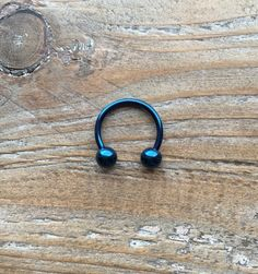 Surgical Steel Horseshoe Ring by LoveYi Septum Piercing Jewelry, Piercing Tattoo, Septum Ring, Body Jewelry, Jewlery, Piercing Chart, Horseshoe Ring, Cute Piercings, Hipster Outfits