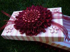darčeková krabička Gift Wrapping, Handmade, Gifts, Gift Wrapping Paper, Hand Made, Presents, Wrapping Gifts, Favors, Gift Packaging