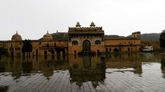 #appetizingcityinrajasthan The magnificient and beautiful Fort. It starts to rain and I am lovin' it  #jaipur #travel #travelogue #travelingram #igersjaipur #travel #jaipurdiaries #oldisgold #adventure #adventures #diaries  #incredibleindia #pinkcity #treasures #appetizingcity #cityandcolour #citylights #city #instatravel #instamood #beautifuljaipur #indiaclicks #followme #jaipurlove #igersrajasthan #rajasthantourism