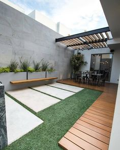 Moderner balkon, veranda & terrasse von tamen arquitectura trendy - Garden Tips Modern Front Yard, Modern Balcony, Modern Porch, Backyard Patio Designs, Small Backyard Landscaping, Landscaping Ideas, Patio Ideas, Garden Ideas, Backyard Ideas