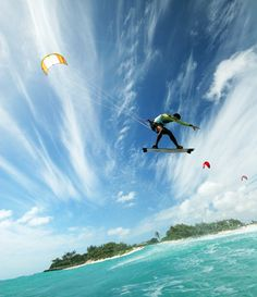 Kite surfing on the North Shore