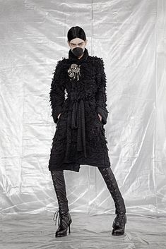 http://www.style.com/slideshows/fashion-shows/fall-2015-ready-to-wear/a-f-vandevorst/collection/31