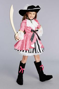 3e18aeb91d11 96 Best pirate costume for Halloween images