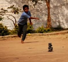 20 Amazing Childhood Games Only Born in Kids Will Know Childhood Games, My Childhood Memories, Village Photography, Nature Photography, Street Game, 80s Kids, Do You Remember, Physical Fitness, Physical Exercise
