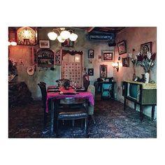 La Favela VIP Room, Seminyak - Bali #lafavelabali #balibible #seminyak #balilife #restaurant #antiquedesign #whattodoinbali #designinterior #retro #bar