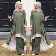 Available on Pre orders please inbox us for the order. Muslim Women Fashion, Arab Fashion, Islamic Fashion, Modest Fashion, Fashion Dresses, Muslim Dress, Hijab Dress, Moda Hijab, Moslem Fashion