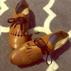 Leather Oxford Flat (Cognac) Great condition. Soft leather. See 2nd pic for scuff mark. See 4th pic for details. From Nordstrom. Hinge Shoes Flats & Loafers