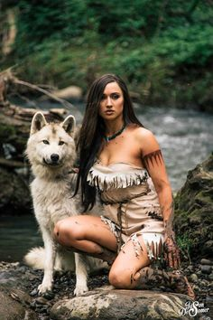 Pocahontas Cosplay http://geekxgirls.com/article.php?ID=7002