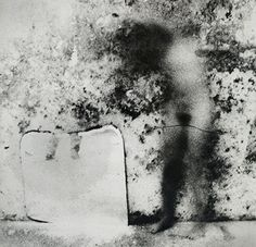 "foxesinbreeches: "" Self-Deceit Rome, Italy by Francesca Woodman, 1978 Also "" Francesca Woodman, Vivian Maier, Peterborough, Duane Michals, White Mirror, Deceit, Black And White Pictures, Black White, Fine Art Photography"