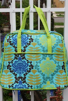 Sew Sweetness: Amy Butler Weekender Bag- tips and pattern review