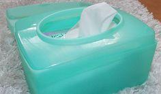 Vlhčené obrúsky sú určené najmä na prdelky detičiek.. Používame ich aj na čistenie, odličovanie, pohlcovanie pachov , ale aj na iné veci ktoré vám teraz prezradím.. Facial Tissue