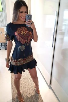 Sue Apparel added a new photo. Cute Dresses, Casual Dresses, Fashion Dresses, Summer Outfits, Cute Outfits, Summer Dresses, Vestidos Chiffon, Vetement Fashion, School Dresses