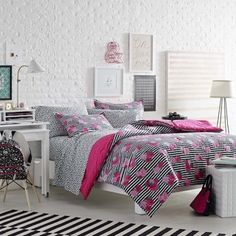 Shop for Betsey Johnson Royal Roses 3-piece Comforter Set. Get free delivery at Overstock.com - Your Online Kids'