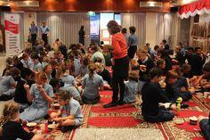 Aula KJRI Perth bagaikan ruang kelas sekolahan dipenuhi para siswa-siswi yang ikuti pelajaran Bahasa Indonesia, Senin (17/10/2016)