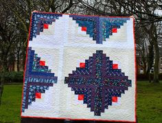 Modern Patchwork Lap Quilt in Traditional Log by IssabellaTheCat