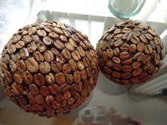 Bolas decorativas con semillas de café