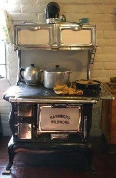 The Small Wood Cook Stove from Salamander Stoves - vintage kitchen Antique Kitchen Stoves, Antique Stove, Old Kitchen, Vintage Kitchen, Kitchen Decor, Wood Burning Cook Stove, Wood Stove Cooking, Old Stove, Stove Oven