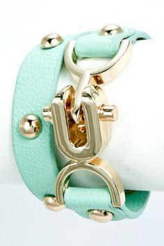 The Buckle Bracelet
